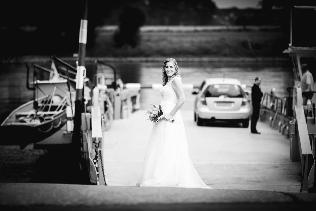 Robin en Tamara Website-0028-MK4_8222-Bruidsreportage Brummen - trouwen in Brummen de Bronckhorsthoeve