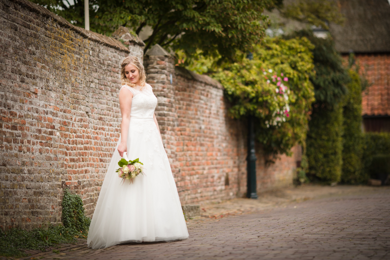 Robin en Tamara Website-0038-MK4_8317-Bruidsreportage Brummen - trouwen in Brummen de Bronckhorsthoeve