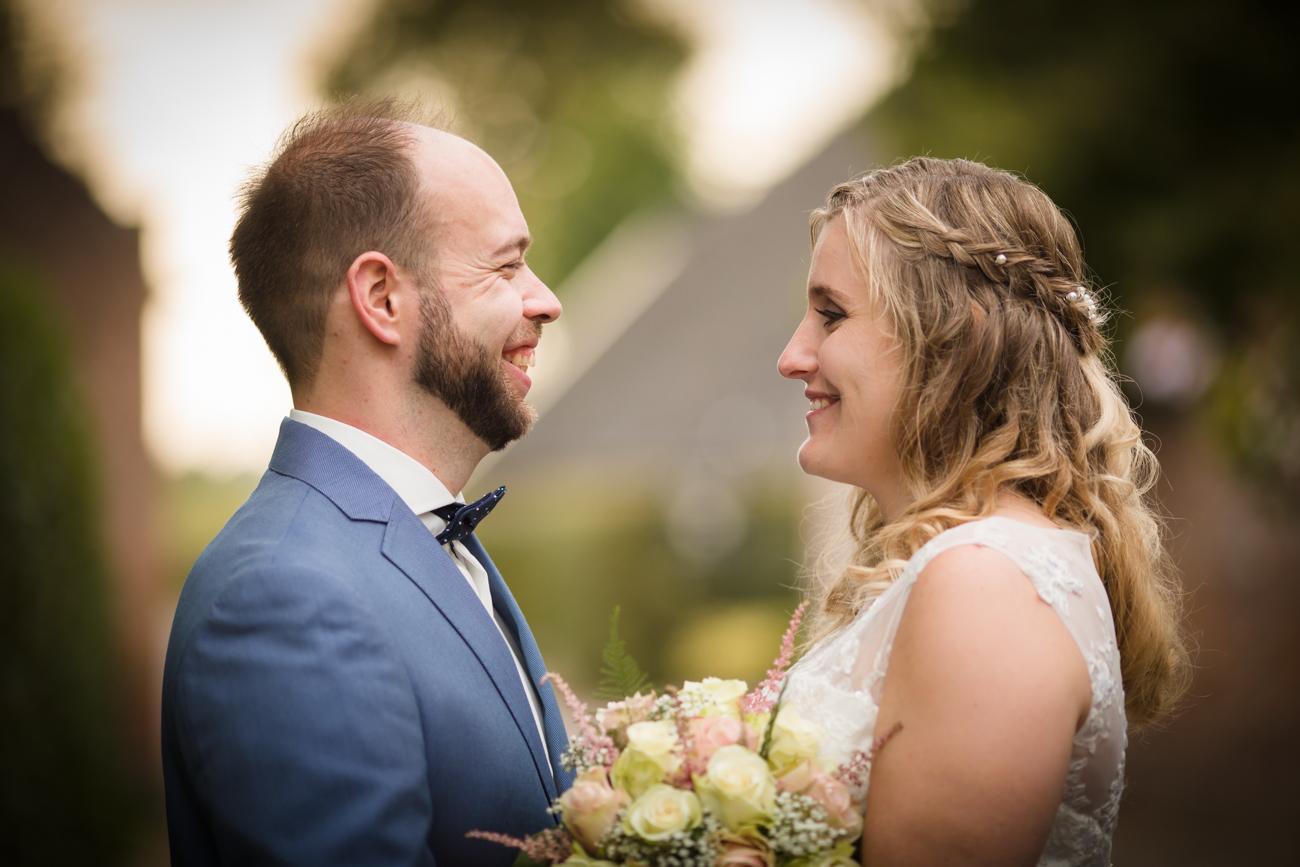Robin en Tamara Website-0042-MK4_8384Bruidsreportage Brummen - trouwen in Brummen de Bronckhorsthoeve